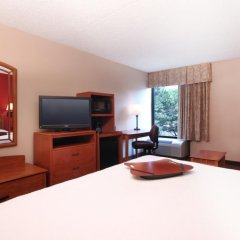 Отель Meadowlands River Inn 2* Стандартный номер с различными типами кроватей фото 4