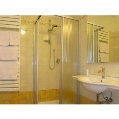Отель Residence Miralago Rooms & Apartments Италия, Манерба-дель-Гарда - отзывы, цены и фото номеров - забронировать отель Residence Miralago Rooms & Apartments онлайн ванная