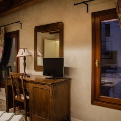 Отель Locanda Ai Santi Apostoli 3* Стандартный номер с различными типами кроватей фото 19