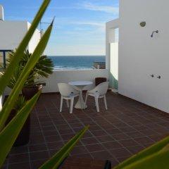 Отель Apartamentos El Arrecife балкон