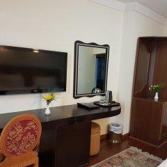 Отель Al Jawhara Metro Дубай удобства в номере