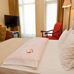 Отель Betsy's 4* Стандартный номер двуспальная кровать фото 9