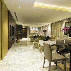 Отель Grand Millennium Muscat Президентский люкс с различными типами кроватей фото 4