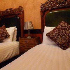 Russell Court Hotel 3* Стандартный номер с различными типами кроватей фото 6