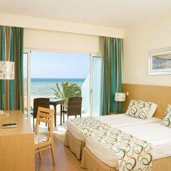 Dom Jose Beach Hotel 3* Улучшенный номер с двуспальной кроватью фото 15
