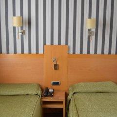 Отель Lyon Испания, Барселона - - забронировать отель Lyon, цены и фото номеров детские мероприятия