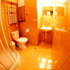 Отель Pokoje Goscinne Isabel Стандартный номер с двуспальной кроватью фото 7