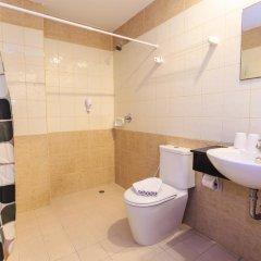 Sharaya Patong Hotel 3* Улучшенный номер с различными типами кроватей фото 5