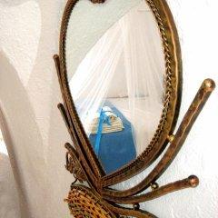 Отель Antithesis Caldera Cliff Santorini в номере фото 2