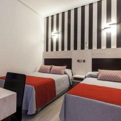 Отель Hostal Castilla I. Стандартный номер с различными типами кроватей фото 6