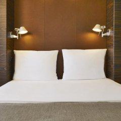 Отель Motel One Duesseldorf City 2* Стандартный номер с различными типами кроватей