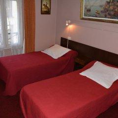 Отель Hôtel Stanislas 2* Улучшенный номер с 2 отдельными кроватями фото 3