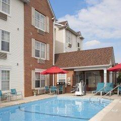Отель TownePlace Suites by Marriott Indianapolis - Keystone бассейн