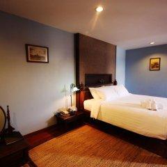 Отель The Road Feung Nakorn Бангкок комната для гостей фото 5