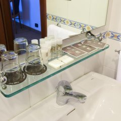 Grand Hotel Tiberio 4* Стандартный номер с различными типами кроватей фото 25