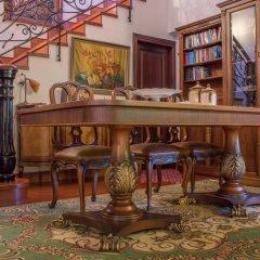 Отель Luxury Villa Karteros развлечения