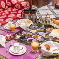 Отель Riad dar Chrifa Марокко, Фес - отзывы, цены и фото номеров - забронировать отель Riad dar Chrifa онлайн питание