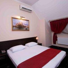 Гостиница Максимус 3* Номер Эконом с двуспальной кроватью фото 2