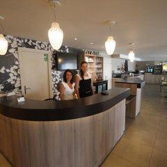 Hotel Kyriad Lyon Est - Saint Bonnet de Mure интерьер отеля фото 2