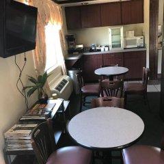 Отель America`s Best Inn Vicksburg США, Виксбург - отзывы, цены и фото номеров - забронировать отель America`s Best Inn Vicksburg онлайн питание фото 3