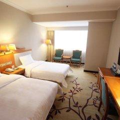 Guangzhou Hotel 3* Стандартный семейный номер с разными типами кроватей фото 3