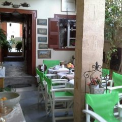 Отель Aeginitiko Archontiko Греция, Эгина - 1 отзыв об отеле, цены и фото номеров - забронировать отель Aeginitiko Archontiko онлайн питание