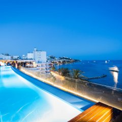 Отель One Ibiza Suites бассейн фото 3