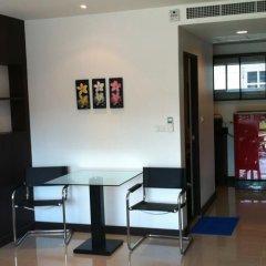 Отель Chalong Mansion интерьер отеля