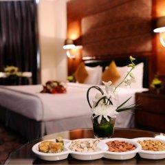 Отель Al Hamra Palace By Warwick 4* Улучшенный люкс с различными типами кроватей фото 4