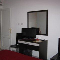 Отель La Rosa Синискола удобства в номере