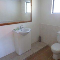 Отель Bluewater Lodge - Hostel Фиджи, Вити-Леву - отзывы, цены и фото номеров - забронировать отель Bluewater Lodge - Hostel онлайн ванная