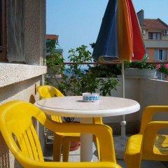 Отель Guest House Kostandara Болгария, Поморие - отзывы, цены и фото номеров - забронировать отель Guest House Kostandara онлайн бассейн фото 2