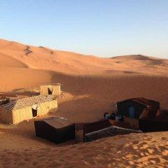 Отель Nomad Bivouac Марокко, Мерзуга - отзывы, цены и фото номеров - забронировать отель Nomad Bivouac онлайн балкон