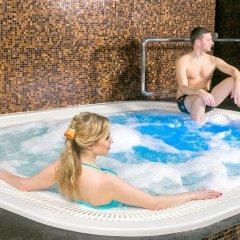 Lavendel Spa Hotel бассейн