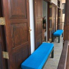 Отель The Entrance - Galle Fort 3* Люкс повышенной комфортности с различными типами кроватей фото 4