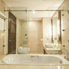 Saigon Halong Hotel 4* Номер Делюкс с различными типами кроватей фото 6