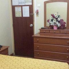 Отель Pensao Residencial Flor dos Cavaleiros 2* Стандартный номер с различными типами кроватей фото 8