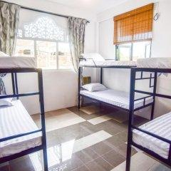 Отель M Home Guest House Кровать в общем номере с двухъярусной кроватью