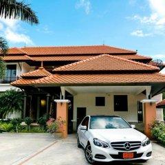 Отель Villa Laguna Phuket парковка