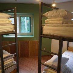 Отель Easytrip Guesthouse сейф в номере