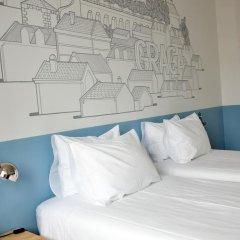 Отель Lisbon Check-In Guesthouse 3* Стандартный номер с различными типами кроватей (общая ванная комната) фото 4