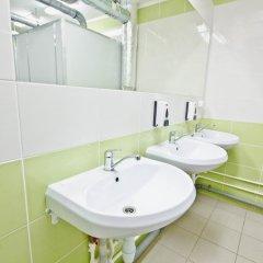 Гостиница Гостевой комплекс Нефтяник Стандартный номер с различными типами кроватей (общая ванная комната) фото 10