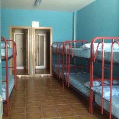 Отель Albergue Turistico La Torre Кровать в общем номере с двухъярусной кроватью фото 3