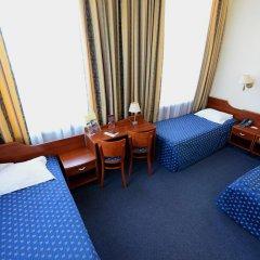 Hotel Tumski 3* Стандартный семейный номер с разными типами кроватей фото 8