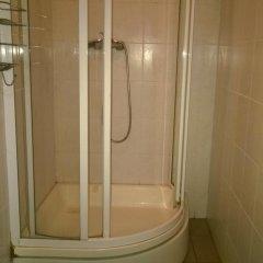 Отель Dome Pearl Hostel Латвия, Рига - 9 отзывов об отеле, цены и фото номеров - забронировать отель Dome Pearl Hostel онлайн ванная