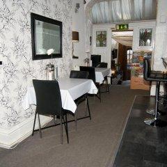 Kipps Brighton Hostel гостиничный бар