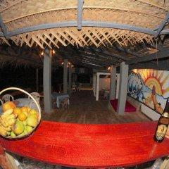 Отель Surfing Beach Guest House Шри-Ланка, Хиккадува - отзывы, цены и фото номеров - забронировать отель Surfing Beach Guest House онлайн детские мероприятия фото 2