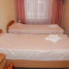 Гостевой Дом Золотая Середина Номер Эконом с 2 отдельными кроватями фото 14