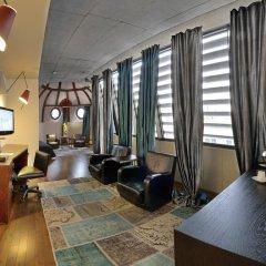 The Monopol Hotel 5* Президентский люкс с двуспальной кроватью фото 3