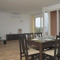 Отель Momchil Villas Болгария, Балчик - отзывы, цены и фото номеров - забронировать отель Momchil Villas онлайн питание фото 3